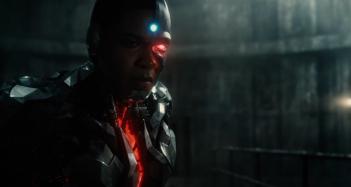 Justice League: Cyborg dalle prime immagini diffuse al Comic-Con 2016