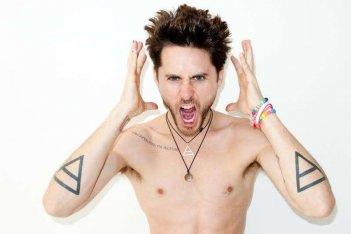 Jared Leto mostra i suoi tatuaggi