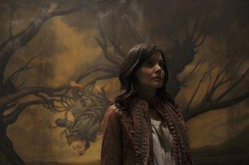 Non avere paura del buio: Katie Holmes in un momento del film
