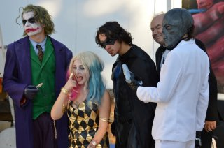 Suicide Squad: Cosplayer in posa all'evento dedicato al film all'isola del cinema