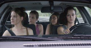 Questi giorni: Laura Adriani, Maria Roveran, Marta Gastini e Caterina Le Caselle in una scena del film