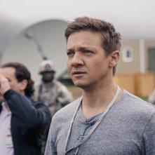 Arrival: Jeremy Renner in un'immagine del film diretto da Villeneuve