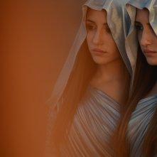 Indivisibili: Marianna Fontana e Angela Fontana in una scena del film