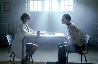 images/2016/08/10/spotlight-s-on-joker-in-suicide-squad-promos-but-harley-quinn-s-the-one-to-watch-dr-harl-837953.jpg