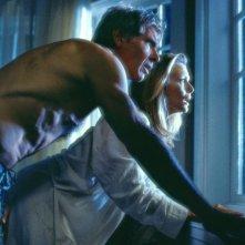 Le verità nascoste: Harrison Ford e Michelle Pfeiffer in una scena del film