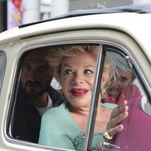 Prima di lunedì: Sandra Milo e Fabio Troiano in macchina in un momento del film