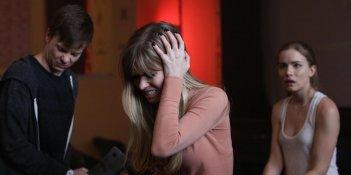 Scream: John Karna, Carlson Young e Willa Fitzgerald in Chiamata da uno sconosciuto