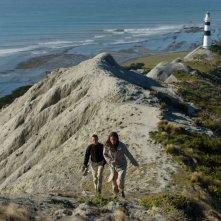 The Light Between Oceans: Michael Fassbender e Alicia Vikander in un momento del film