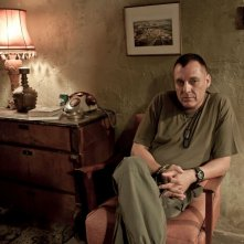 Bordering: Tom Sizemore in una scena del film