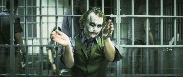 Il cavaliere oscuro: Heath Ledger in un momento del film di Nolan