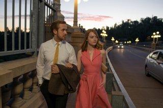 La La Land: Emma Stone e Ryan Gosling in un momento del film