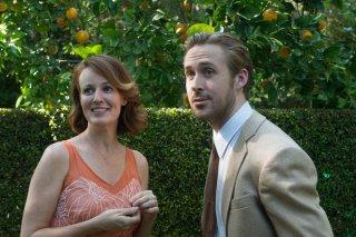 La La Land: Rosemarie DeWitt e Ryan Gosling in una scena del film