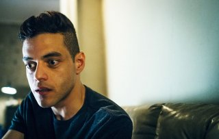 Mr. Robot: Rami Malek in un'immagine del settimo episodio
