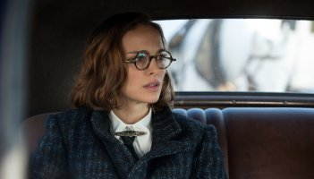 Planetarium: Natalie Portman in una scena del film