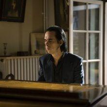 The Beautiful Days of Aranjuez: Nick Cave in una scena del film