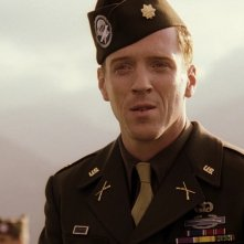 Band of Brothers:  Damian Lewis in una sequenza della serie