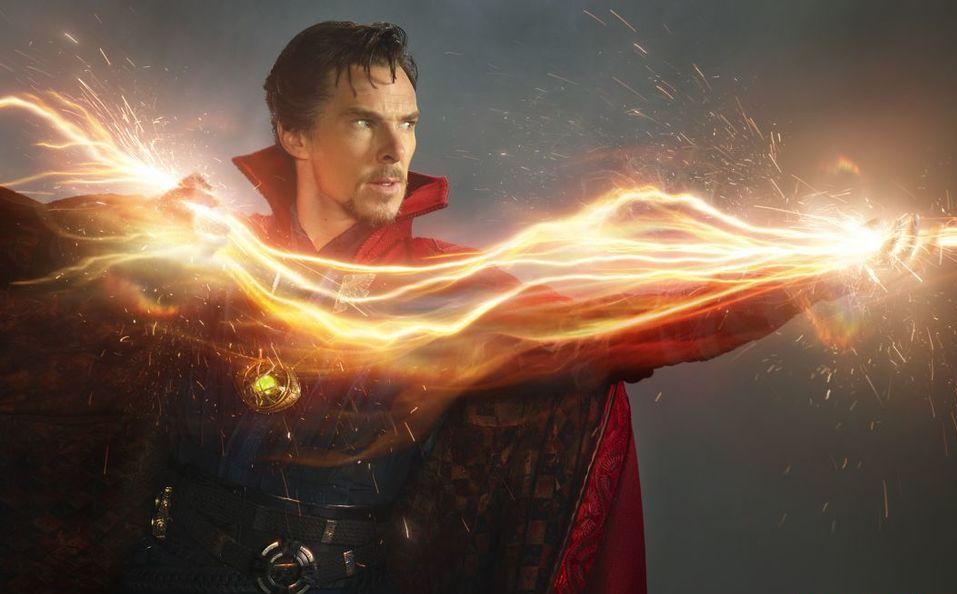 Doctor Strange: Benedict Cumberbatch in una foto promozionale del film