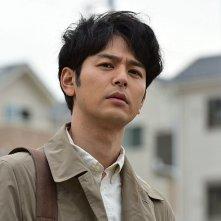 Gukôroku - Traces of Sin: Satoshi Tsumabuki in una scena del film