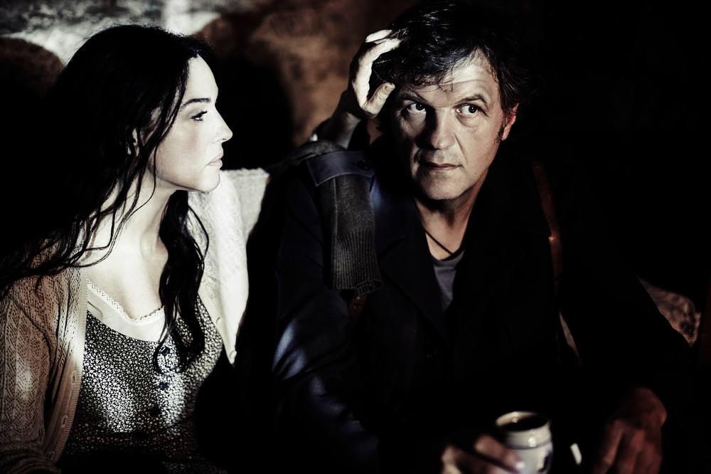 Sulla Via Lattea: Monica Bellucci ed Emir Kusturica insieme in una scena del film