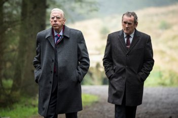 The Journey: Timothy Spall e Colm Meaney in una scena del film