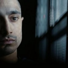 The Night Of: un primo piano di Riz Ahmed nell'episodio The Call of the Wild