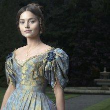 Victoria: Jenna Coleman in una scena della serie