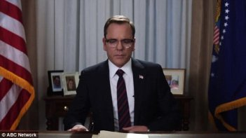 Designated Survivor: Kiefer Sutherland in una scena della serie