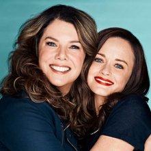 Una mamma per amica: di nuovo insieme,  un'immagine promozionale di Alexis Bledel e Lauren Graham