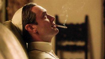 The Young Pope: una scena con Jude Law