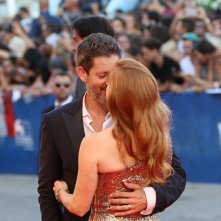 Venezia 2016: Amy Adams e Darren Le Gallo sul red carpet di Nocturnal Animals