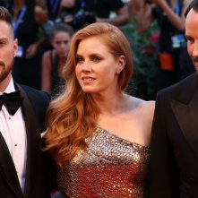 Venezia 2016: Tom Ford, Amy Adams, Aaron Taylor Johnson sul red carpet di Nocturnal Animals