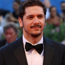 Venezia 2016: Gabriele Mainetti sul red carpet di Nocturnal Animals