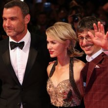 Venezia 2016: Philippe Falardeau, Liev Schreiber, Naomi Watts posano sul red carpet di The Bleeders
