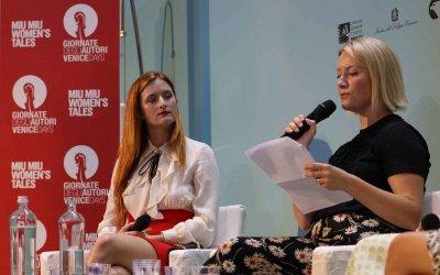Grace Gummer, Zoey Deutch ed Ellie Bamber, le donne di Miu Miu a Venezia 73