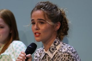 Venezia 2016: Zoey Deutch all'incontro di Miu Miu Women's tales