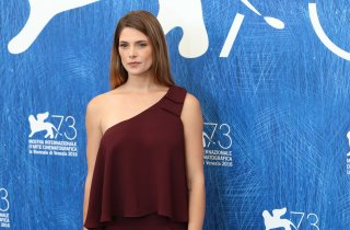 Venezia 2016: Ashley Greene al photocall di In Dubious Battle