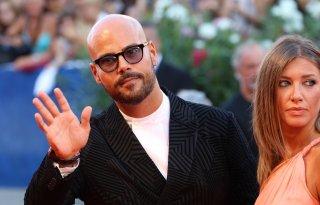 Venezia 2016: Marco D'Amore sul red carpet di The Young Pope