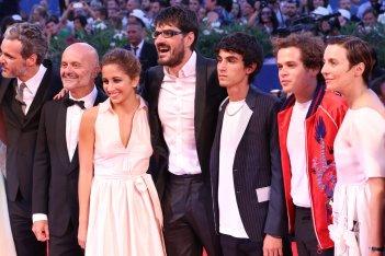 Venezia 2016: Roan Johnson, Luigi Fedele, Blu Yoshimi, Brando Pacitto, Michela Cescon sul red carpet di Piuma