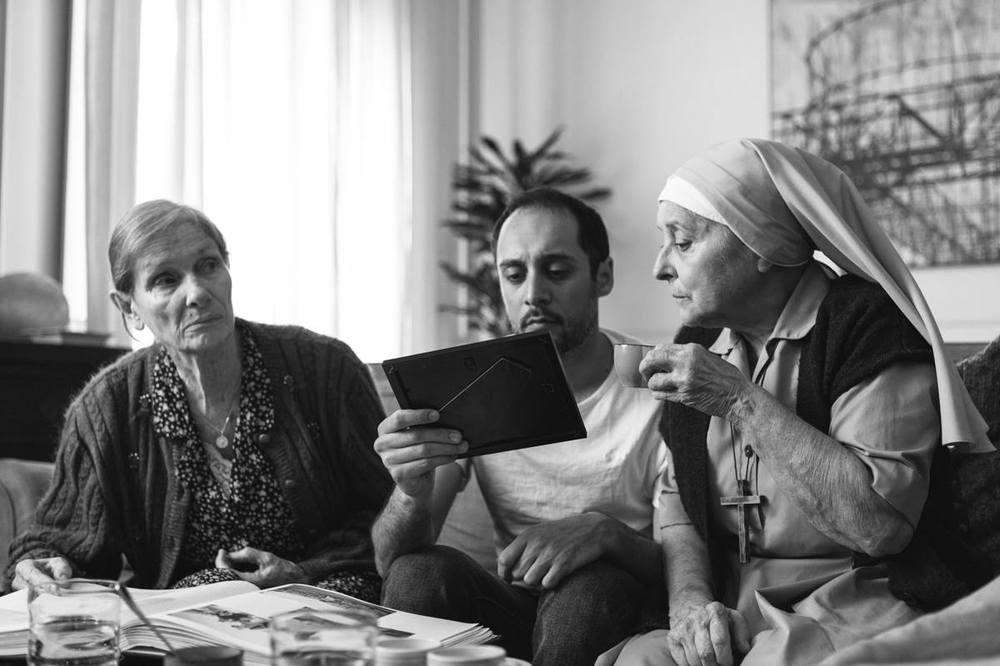 Orecchie: Daniele Parisi e Sonia Gessner in una scena del film