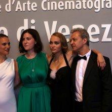 Venezia 2016: Natalie Portman, Rebecca Zlotowski, Lily-Rose Depp prima di entrare in sala per il film Planetarium