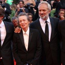Venezia 2016: Sam Mendes, Joshua Oppenheimer, Laurie Anderson sul red carpet della cerimonia di premiazione