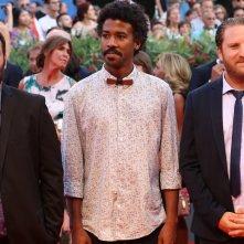 Venezia 2016: IL cast di The Last of Us sul red carpet della cerimonia di premiazione