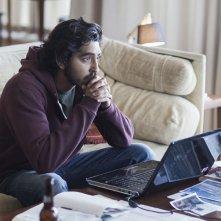 Lion: una scena con Dev Patel