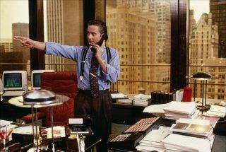 Wall Street: Michael Douglas in un momento del film