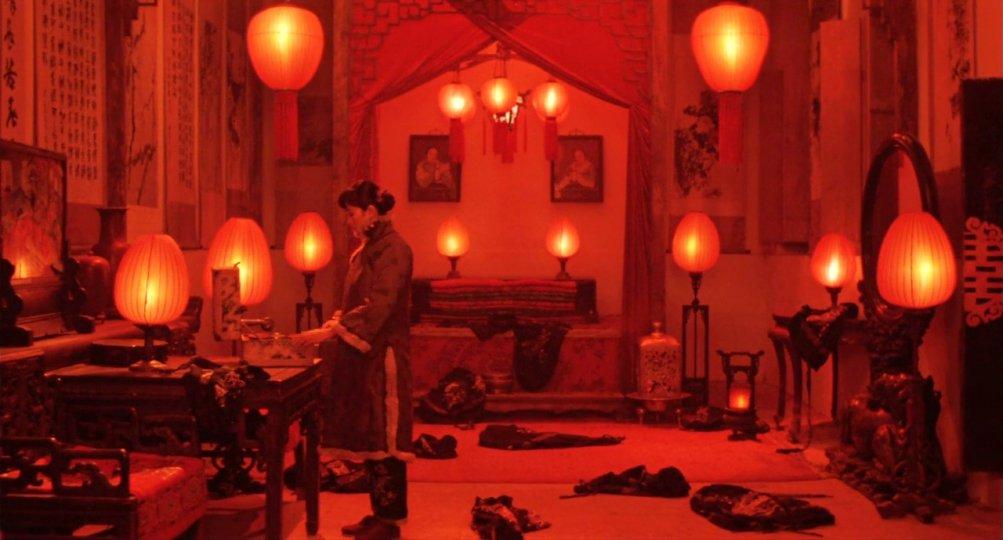 Lanterne rosse: un momento del film