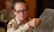 """I 70 anni di Tommy Lee Jones: 5 grandi ruoli dello """"sceriffo"""" di Hollywood"""