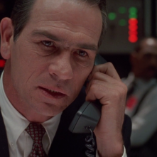 Il fuggitivo: un primo piano di Tommy Lee Jones