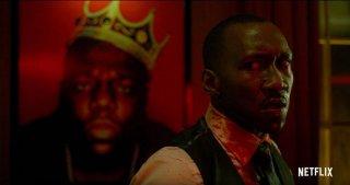 Luke Cage: Mahershala Ali durante un momento della prima stagione