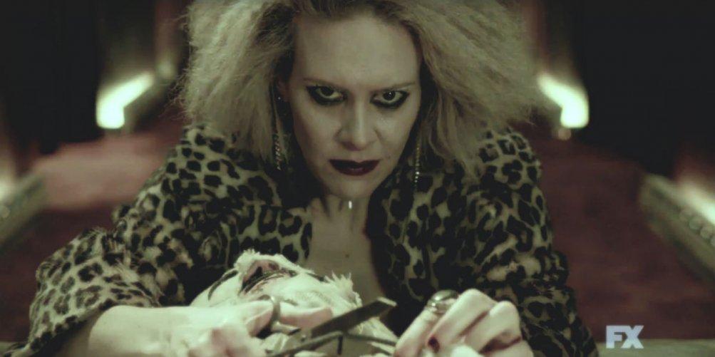American Horror Story: Sarah Paulson in un momento della serie televisiva