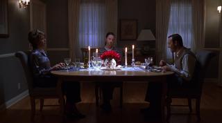 American Beauty: Kevin Spacey, Annette Bening e Thora Birch in una scena del film